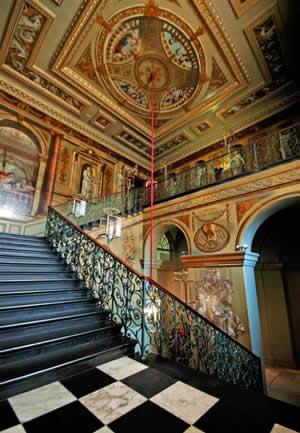 Visit kensington palace tour guide app for Interno kensington palace
