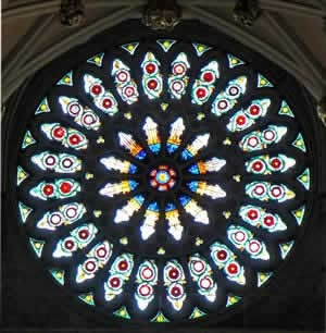 Visit york minster tour guide app for Rose window york minster