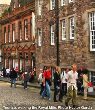 Visit Royal Mile Tour Guide App